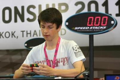 Феликс Земдегс - рекордсмен мира по скоростной сборке кубика Рубика